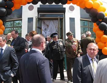 Новый  Регион: Российское посольство в Кишиневе организовало прием ко Дню  Победы (ФОТО)
