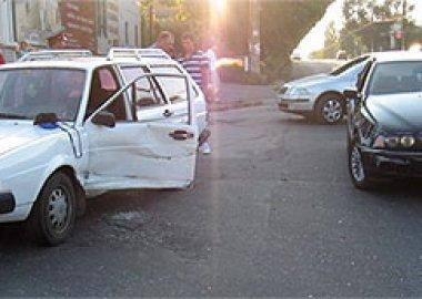 Новый Регион: В Приднестровье уснувший водитель грузовика протаранил грейдер (ФОТО)