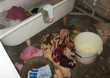 Новый Регион: В Тирасполе завели уголовное дело на мать, оставившую своих детей запертыми в квартире без еды (ФОТО)