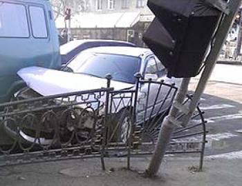 Новый Регион: В Приднестровье из-за гололедицы перевернулся автобус: 1 человек погиб, 16 госпитализировано