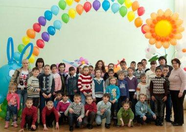 Новый Регион: Юные приднестровцы посмотрели интерактивный кукольный спектакль от ''Смешариков'' (ФОТО)