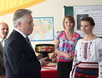 Новый Регион: Лидер украинских коммунистов посетил Приднестровье (ФОТО)