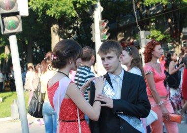 Новый Регион: Тираспольские выпускники прощаются со школой (ФОТО)