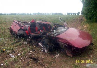 Новый Регион: ДТП на севере Приднестровья: автомобиль рассыпался на части, водитель чудом выжил (ФОТО)